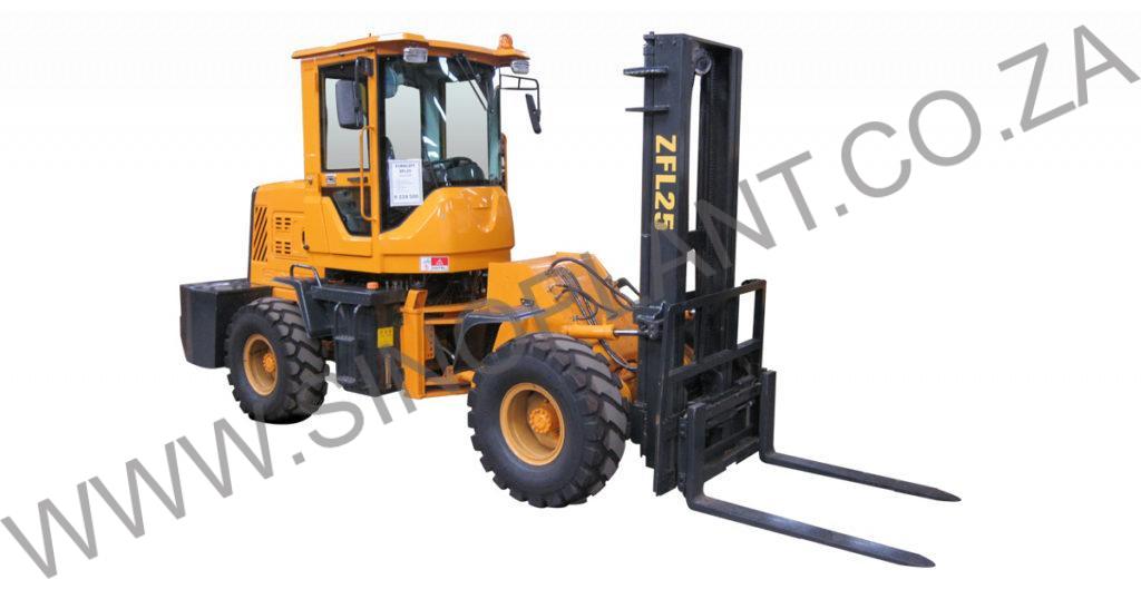 Forklift ZFL25 4x4